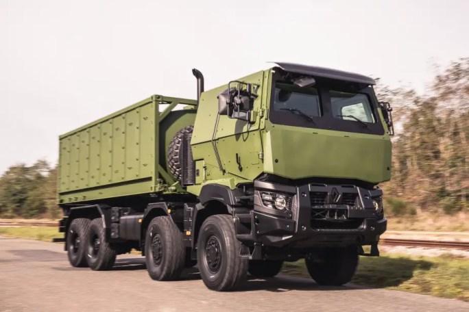 FED Arquus presenta su nuevo transportista logístico 8x8 2