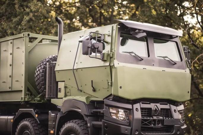 FED Arquus presenta su nuevo transportista logístico 8x8 3