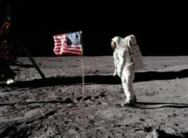 Apollo 11, 20 Ιουλίου
