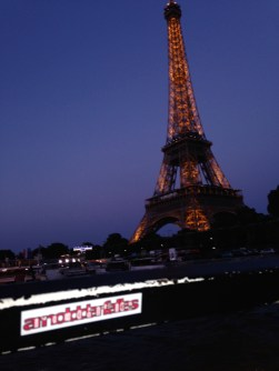 Paris a la nuit