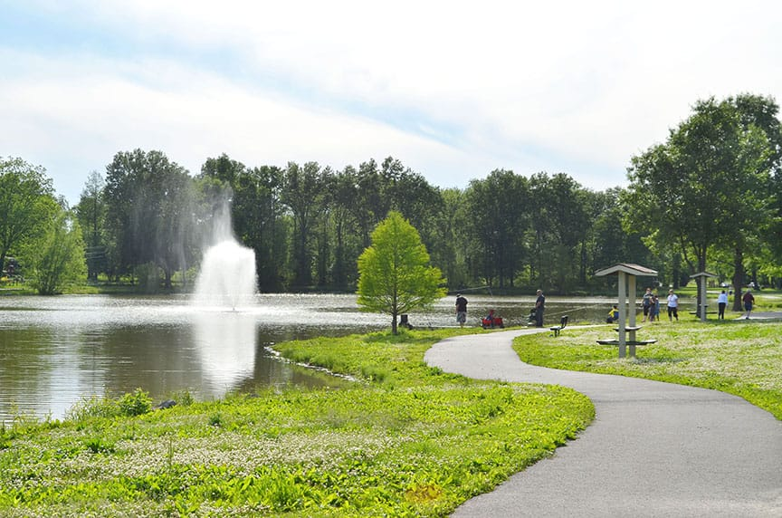 Arnold City Park Lake