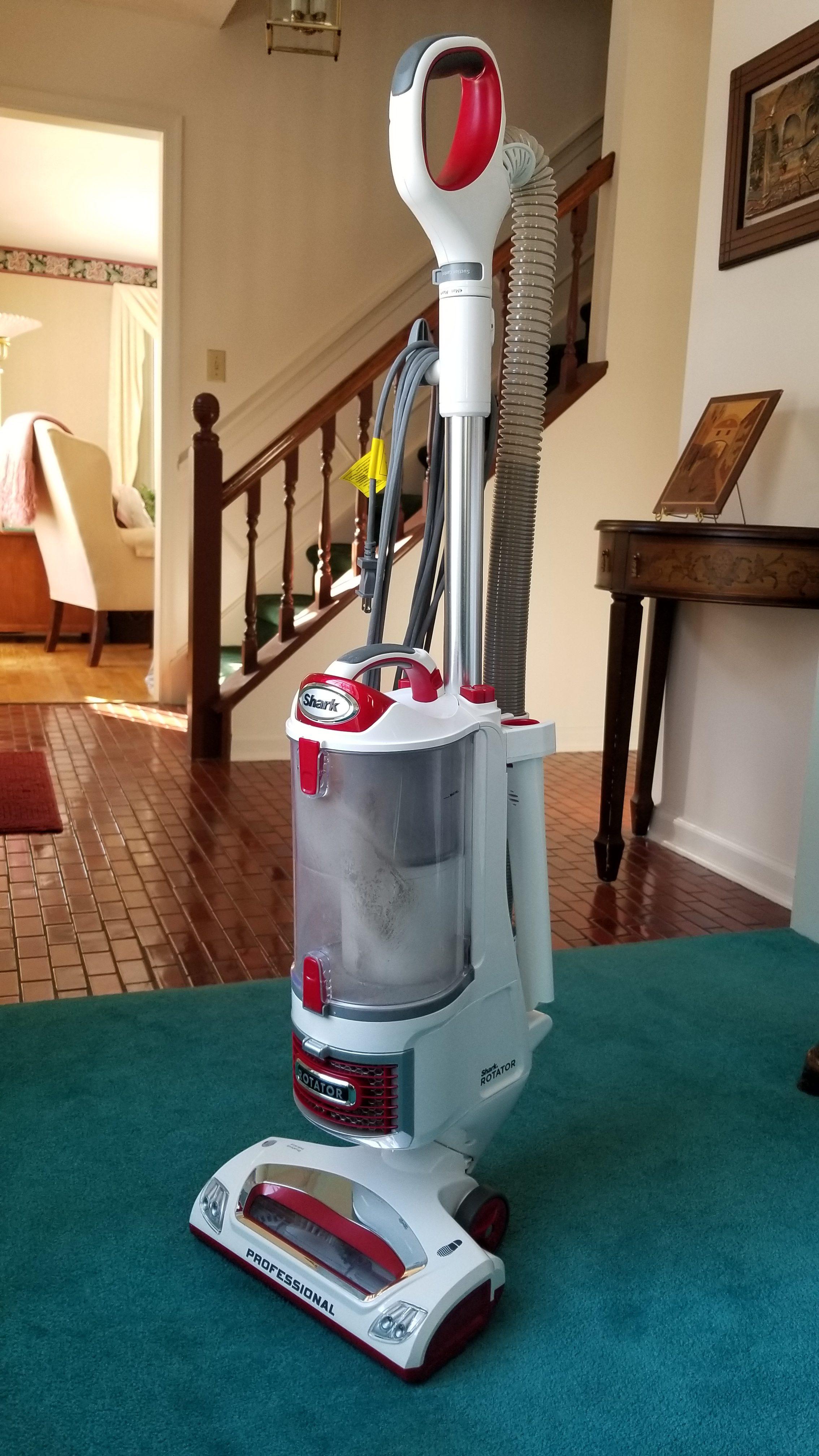 New Shark Rotator Professional Lift-Away Vacuum NV501