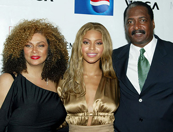 100k ask beyonce s ethnicity black white mixed race her nationality heritage parents