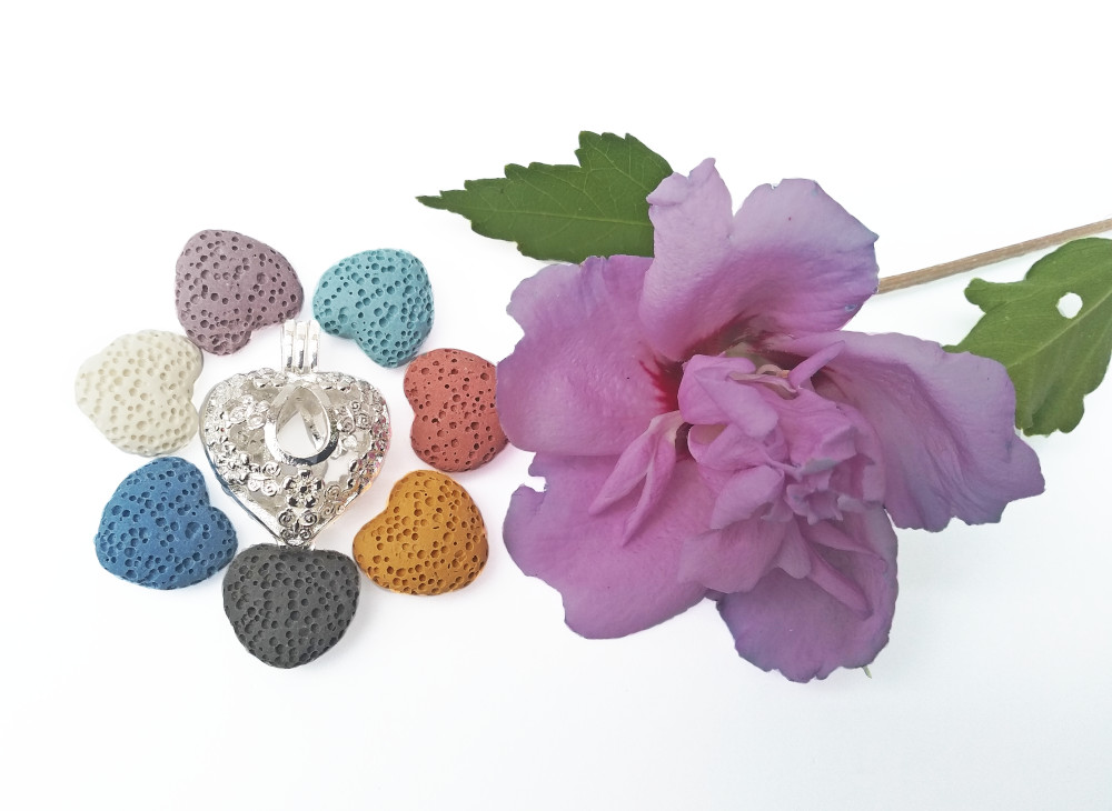 aroma šperk srdce kvietky postriebrený dekor 2