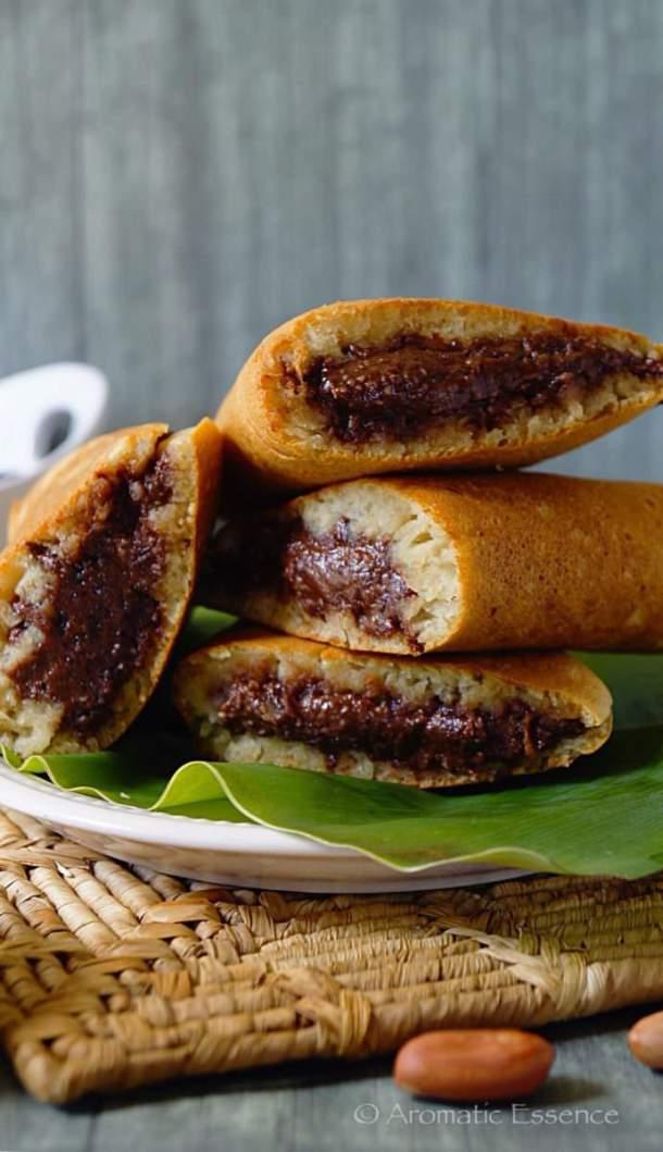 Apam Balik {Eggless} | Southeast Asian Pancakes - Aromatic Essence