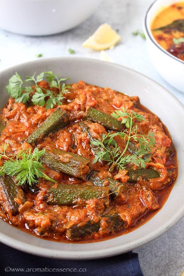 restaurant style bhindi masala