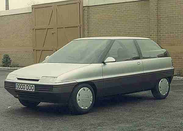 "An early version of the AR6 Metro replacement: this model was actually displayed to the press (without comment) at the opening of the Canley Design studios in 1982, and gives a strong impression of how the Metro replacement would have looked, had it been launched in 1986/87. This design has a clear resemblance with the Rover 800, and clearly demonstrates the ""family look"" that Roy Axe was trying to achieve with the ARG product line. (Picture supplied by Roy Axe)"