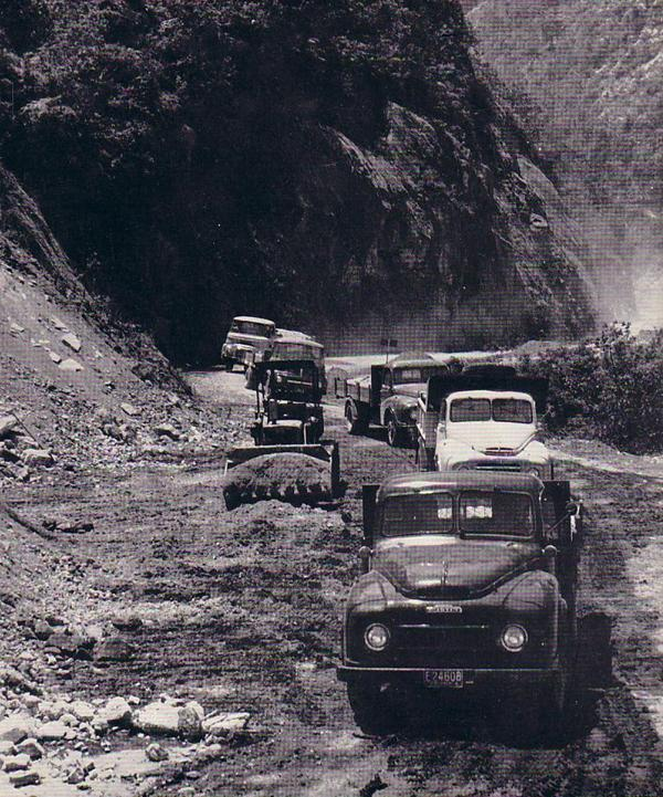 Five of the eight Austin commercial vehicles climbing one of the many long passes in the Andes mountains when they covered 450 miles in one day's driving. They were participating in the 14-week testing programme carried out by the Austin Motor Company in Colombia before the trucks went on sale there. The badly-surfaced mountain road can clearly be seen in this Austin publicity photograph.