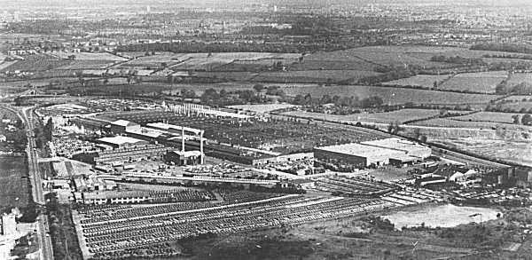 "The Ryton works in Coventry, England, photographed in 1982. Much investment was put into this plant following the Chrysler takeover of 1967, but previously to this, the Rootes Group had been refused permission by the government to expand the factory in the early 1960s; this led to the company setting- up the ill-starred Linwood operation... (Picture: ""Cars of the Rootes Group"", Graham Robson.)"