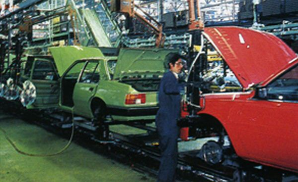 Vauxhall Cavalier Mk2 production was soon ramped up to meet demand...