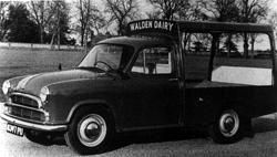 Morris ½-ton Series III milk float