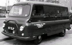 Morris J2 van in GPO livery