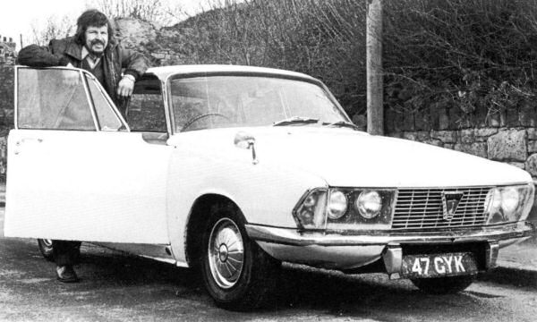 Longer Rover P7-style front end (to accommodate a straight-six) was adopted across the Rover P6 range...