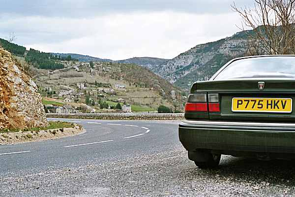 Round the bend: thanks to tightened up Vitesse Sport steering, the corners held no dramas. The views, however, were stunning...