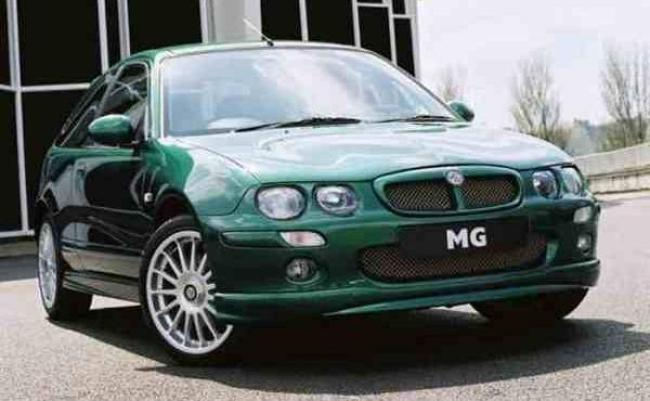 "The MG ZR is an attempt to pick up where the 200 BRM left off – and maybe is the car that it should have been. The body shape is unmodified compared with its sister, the Rover 25, but the lowered stance, large wheels and Peter Stevens tweaked styling certainly give it a degree of 'toughness"" always lacking in the original."