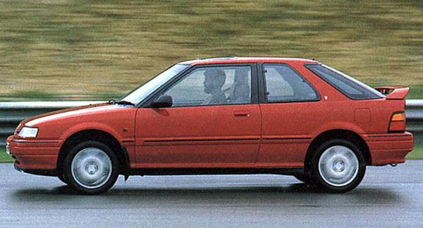 Following the launch of the booted Rover 400 in April 1990, the next variation on the theme was the three-door version, which to some evoked memories of the short-lived Ford Sierra XR4i in the way that its C-posts were arranged. The bodyshell heralded the arrival of a new base model, the 214S, and a fully-fledged GTi version – sharing its engine with the 416GTi saloon.