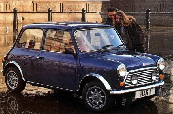 The re-born Mini de Ville attracts attention during a photo-shoot in London's Trafalgar Square.