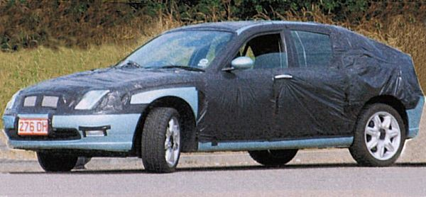A mysterious image of a Rover hatchback appears in Autocar magazine. At the time of the original picture reveal, the magazine also discloses that the new programme is based on a shortened Rover 75 platform and is known as the RD60. It later transpires that the image is a hoax, cooked up by MGR's Public Relations department.