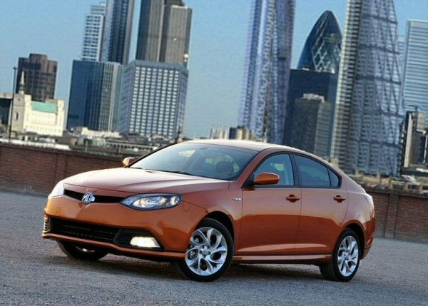 The MG6 shies away from the boxier styling of rival European designs, featuring a distinctly Roveresque fastback look. Initial criticisms have been limited to its rather generic front end.