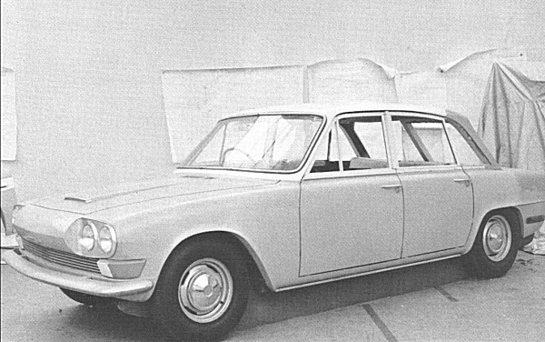 It took Michelotti just three months to produce this original full-sized model of the Barb concept, and it was liked by all that viewed it. As can be seen from the evidence of added clay (this model was made of wood), around the top of the rear window, in-house stylists added their own tweaks.