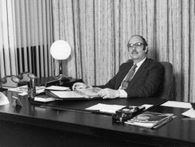 Roy Axe takes office at Canley in 1982
