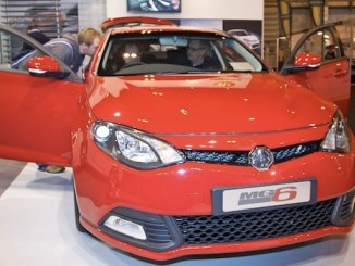 MG6 unveiled at the MPH Show