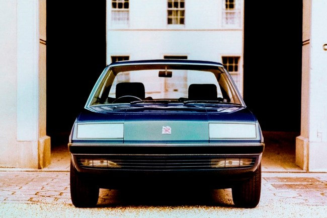 Vauxhall's initial plans were to introduce a new body style (as was the case with the FE-series Victor), but this was dropped in favour of a lightly restyled Ascona.