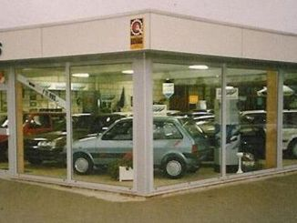 1980s Austin Rover dealership