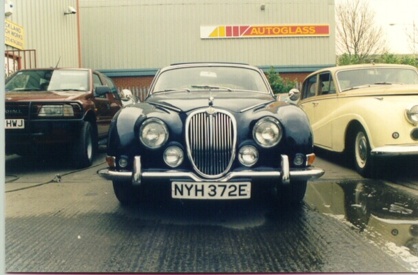 Jaguar S-type...