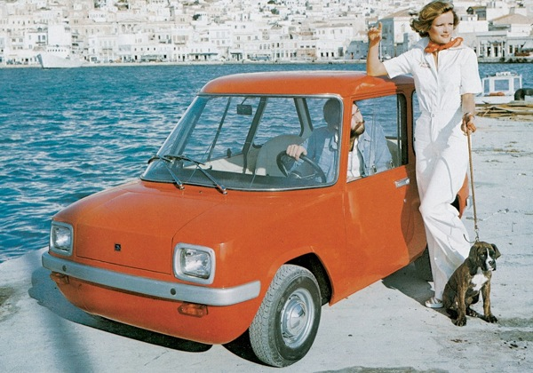 Enfield 8000: a car without a heater in more natural surroundings, the Greek Islands
