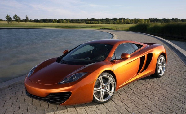 McLaren-MP4-12c: taking the supercar fight to Ferrari