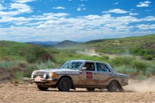 Ralf Weiss and Kurt Schneiders enjoying the spectacular country in Namibia from their comfortable 230E