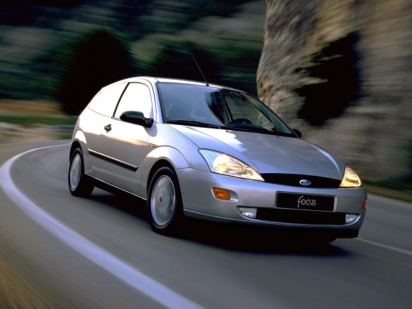 Ford Focus - 1999 Car of The Year