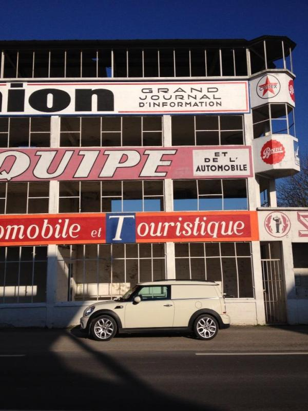 Clubvan at Reims (1)