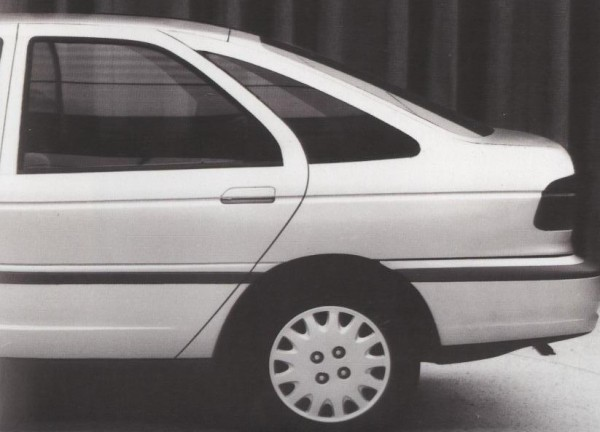 Mondeo story (44)