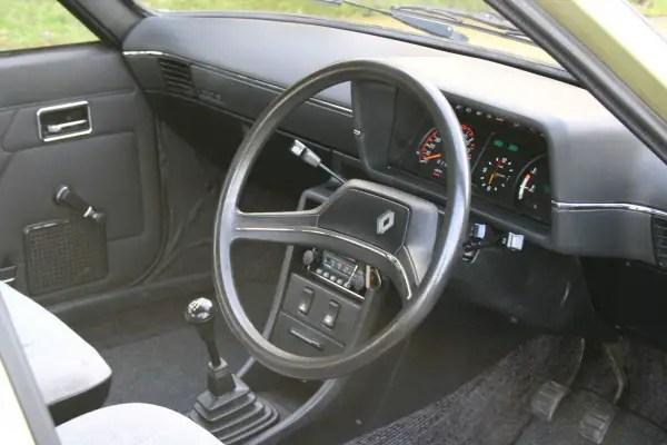Renault 18 (4)