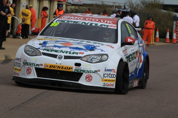 Jason Plato's MG6 GT heads into the Pits with a puncture during Round 9