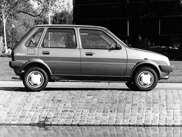 1984 Metro facelift ushered in the five-door option and uprated interior.