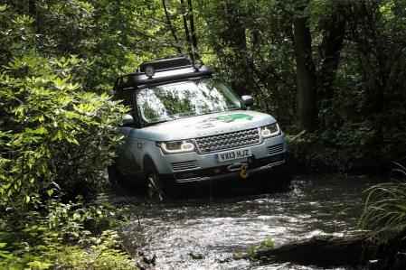 Range Rover Hybrid (1)