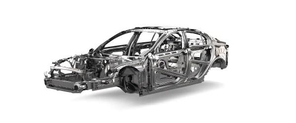 Jaguar XE (1)