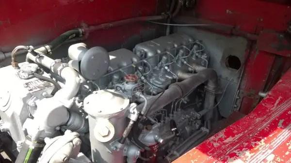 The beating heart of the standard Routemaster - The AEC AV590 9.6 litre engine. The Leyland 0.600 or larger AV690 were optional.