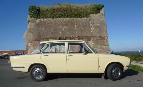 Think your car would look good here? Please send Car of the Month entries in to craig@aronline.co.uk