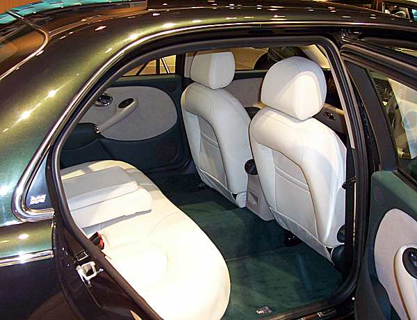 Rover 75 limousine offered lounging room for less