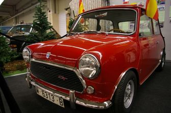 Spanish build Mini 1275 GT, complete with Hydrolastic