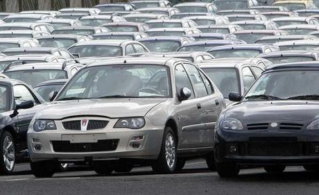 Huge stockpiles of MG Rover cars led to production down days and cutbacks