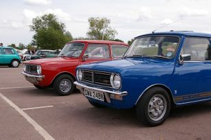 Mini Clubmans do really look cool these days