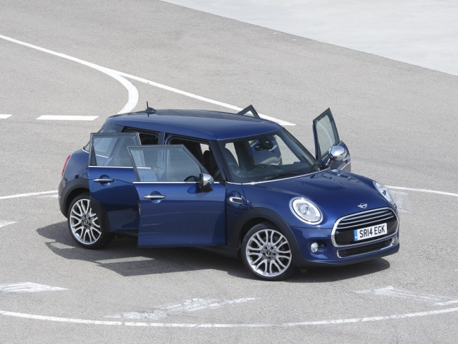 mini_cooper_d_5-door_uk-spec_22