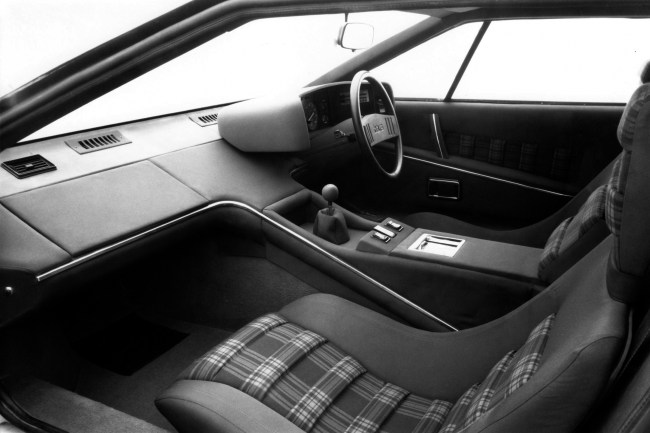 The Lotus Esprit Series I interior looked good, but was lacking in quality