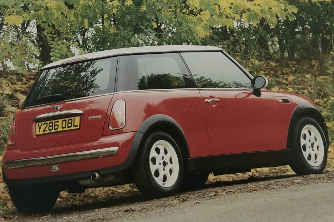 Y-Reg MINIs: One of the original press photos taken early in 2001.