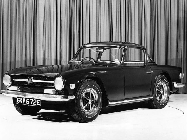 Triumph TR6 press launch